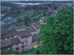 Umbrian Dusk (WS Foto) Tags: perugia italy umbria europe eu dusk twilight houses clouds dark abenddämmerung zwielicht rundblick abend bluehour blauestunde hills hügel