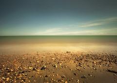 Sandwich Bay (Dave.Miles) Tags: sandwich kent thanet beach longexposure summer olympus olympuse410
