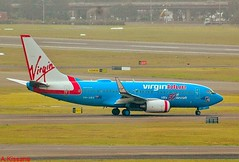 VIRGIN BLUE B737 VH-VBY (Adrian.Kissane) Tags: grass plane outdoors airport aircraft aviation jet sydney australia aeroplane airline boeing airliner 737 departing b737 virginblue vhvby 712009 34323