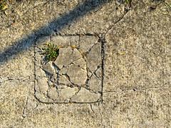 (Jürgen Kornstaedt) Tags: frankreich asphalt iphone colomiers 6plus départementhautegaronne roques old languedocroussillonmidipyrénées languedocroussillonmidipyrén