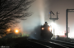 Maldon Weekender (Dobpics O'Brien) Tags: locomotive engine rail railway railways train night fog steam steamrail special srv victorian victoria vr weekender maldon muckleford castlemaine k153 k190