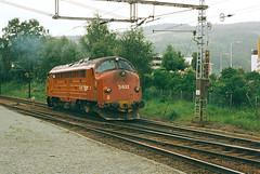 NSB Di 3 633 (Stig Baumeyer) Tags: nsb norgesstatsbaner nohab nohabgm nydqvistholm nsbdi3 di3 diesellocomotive diesellokomotive diesel diesellokomotiv diesellok generalmotors gm gm16567 emd electromotive trondheim trollhättan skansen