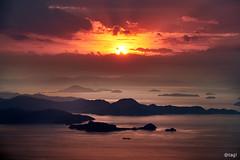 Sunset 愛媛 松山市 高輪山 8 16 2019 (tsake123) Tags: sony sky a7 alpha alpha7 c1 captureone cloud coast outdoor ocean sunset sun ship
