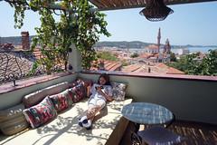 Relaxare (Dumby) Tags: portrait ayvalik turkey girl travel landscape aegean summer