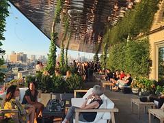 Rooftop vibes (rysgam) Tags: hotel newyorkcity city citylife rooftopbar rooftop nyc newyork