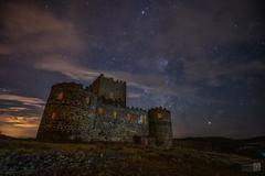 Castillo  de Guadalerzas (JoseQ.) Tags: castillo nocturnas nubes cielo construccion guadalerzas toledo castillalamancha noche oscuridad luces colores
