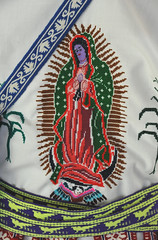 Mexico Embroidery Guadalupe Huichol (Teyacapan) Tags: huichol jalisco mexican shirt virgendeguadalupe bordados embroidery camisa museo