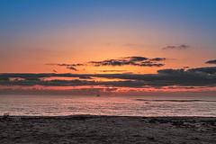 amanecer en la playa (ibzsierra) Tags: amanecer playa dawn sinrise aube beach ibiza eivissa baleares canon 7d mar sea mer mare cielo azul blue sky sol solei sun