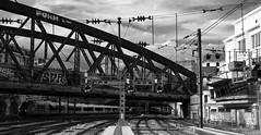 Paris-Est (Philippe Haumesser (+ 8000 000 view)) Tags: bridge pont railway rails gare station bâtiment building noiretblanc blackandwhite monochrome lignes lines quai tgv train paris france nikond7000 nikon d7000 reflex 2019 panoramique