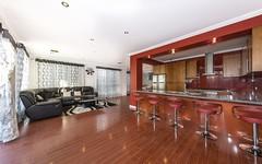 18 Greenview Terrace, Keysborough VIC
