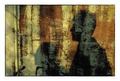 sur le chemin de la découverte du No-Man's-Land (Armin Fuchs) Tags: arminfuchs thomaslistl nomansland shadows light lavillelaplusdangereuse jazzinbaggies niftyfifty