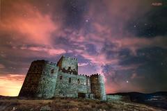 En-el-castillo (invesado) Tags: noche castillo milkyway sky clouds syamang 14 d750 nikon ruins