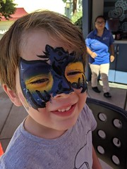 August 31: Face Paint (earthdog) Tags: 2019 googlepixel3 pixel3 androidapp moblog cameraphone face scooter facepaint dragon animal greatamerica themepark santaclara amusementpark
