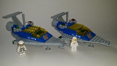 LL 918 Studless v2 (Constender) Tags: lego classic space ll918 ll 918 spaceship moc snot