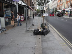 20190831T13-10-59Z (fitzrovialitter) Tags: street city england urban streets london westminster fitzrovia unitedkingdom camden candid journal streetphotography photojournalism documentary editorial environment daybyday reportage peterfoster fitzrovialitter authenticstreet m43 mft sooc exiftool microfourthirds μft μ43 mzuiko 1240mmpro olympusem1markii ultragpslogger