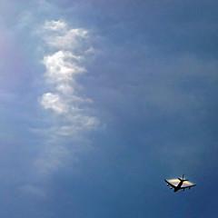 Chicago, Illinois, USA (pom'.) Tags: panasonicdmctz101 chicago illinois usa rainbow plane clouds sky