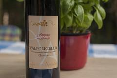 Fontana del fongo (Arne Kuilman) Tags: valpolicella italy aoc redwine bottle drink wijn fontanadelfongo lucianoarduini filmedit fles label classico rodewijn doc 10wine