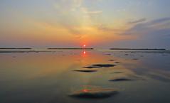 IMG_0046x (gzammarchi) Tags: italia paesaggio natura mare ravenna lidoadriano alba sole nuvola riflesso
