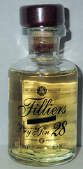 Filliers dry gin 28 (luc1102) Tags: drink alcoholic bottle gin 2019 collection miniature