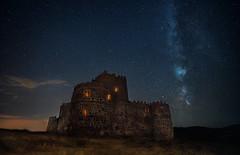 Fiesta en el Castillo (Chusmaki) Tags: ngc noche castillos víalactéa sony nocturnas estrellas