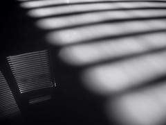 Monochrome. Light and shadow. Reflection. (ALEKSANDR RYBAK) Tags: свет тень отражение монохромный чёрное белое настроение полосы окно shine shadow reflection monochrome black white mood stripes window