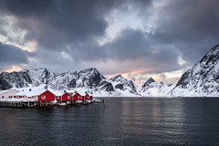 Hamnøy Rorbu (CResende) Tags: norway norwaytravel huts cabin redhut landscaping hamnoy travelphotography travel nature landscapephotography moutains view cresende travelgram snow red blue ocean clouds sky colorful light lofotenislands lofoten beauty nikon