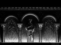 Custodio (Nando Verdú) Tags: catedral toulouse saint san tolosa ciutat mondina midi brienne garona rio occitania francia france iglesia románica gotica gotico barroco catolicismo arquitectura simetria ventana techo catolico catolica monumento nave ancien antiguo basílica de sernín basilique tesoro estatua arco arcos blanco negro black white byn bn bw monocromo monocromático