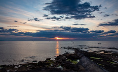 Sunset at Burghead, Moray, Scotland. (Ratters1968: Thanks for the Views and Favs:)) Tags: canon5dmkiv martynwraight ratters1968 canon dslr photography digital eos scotland moray morayfirth sunset dusk colour beauty shore sea coast burghead twilight cloud dusky evening