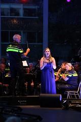 Open air concert (RW-V) Tags: canoneos70d tamron18400mmf3563diiivchld apeldoorn hetnederlandspolitieorkest célinejanssen classic kanaalconcerten nederland niederlande paysbas netherlands sooc 225faves