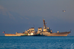 USS McFaul in the gulf of Salonica, Greece (ioannis_papachristos) Tags: port sunrise canon harbor gulf vessel destroyer greece american thessaloniki usnavy usn goldenhour warship salonica anchored unitedstatesnavy ddg74 gulfofsalonica eosm50 street morning blue sea sky usa seascape bird boat early fly mediterranean skies cityscape unitedstates seagull flight bluewater americanflag september tug alliance nationalgeographic allies natgeo aegeansea mirrorless harbortug papachristos 2k19 ngyourshot gull macedonian macédoine makedonia mazedonien μακεδονια macedoniagreece macedoniatimeless македонијамакедонскимакедонци mcfaul ussmcfaul