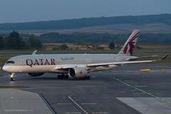 A359_QR184 (VIE-DOH)_A7-ALG_1 (VIE-Spotter) Tags: vienna airport vie wien flughafen airplane air spotten planespotting flugzeug himmel qatar airways