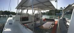 Niominka Tours - Niominka 2 - Cockpit babord (niominka.tours) Tags: croisières excursions guadeloupe mariegalante saintes pointeàpitre dominique dominica grenadines catamaran voile ballade
