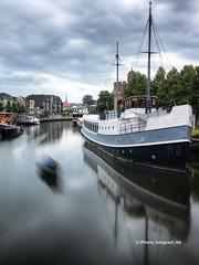 """Url to my blog """"how to shoot long exposures with your iPhone"""" is in the description. (iPhone Fotograaf) Tags: longexposure fireworks zwolle boat canal ship"""
