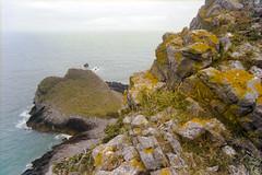 Roughly (Bas Tempelman) Tags: gower peninsula wales united kingdom shore sea rocks stones cliffs bristol channel kodak portra 160 nikon f801s walking path coast port eynon moss
