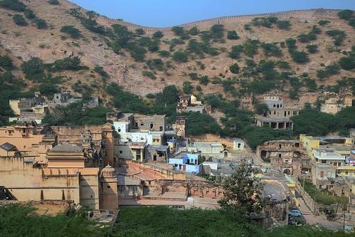 The wall around Amber Fort. Jaipur, India