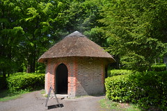 Thatched Cottage (CoasterMadMatt) Tags: claremontlandscapegarden2019 claremontlandscapegarden claremont landscape garden landscapedgarden gardens englishgardens gardensinengland landscapedesign thatchedcottage thatched cottage gazebo summerhouse steam gardenfeature gardenfeatures feature features building structure architecture thenationaltrust nationaltrust national trust attraction attractions surreyattractions esher surrey southeastengland southeast england britain greatbritain gb unitedkingdom uk may2019 spring2019 may spring 2019 coastermadmattphotography coastermadmatt photos photographs photography nikond3200