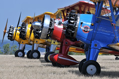 Jaune - Rouge - Bleu (jeangrgoire_marin) Tags: plane planes biplane stearman pt17 vintage aviation