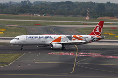 TC-JRO Airbus A321-231 Turkish Airlines (FokkerAMS) Tags: airbusa321 turkishairlines euroleague tcjro