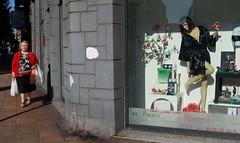 2019-08 (Vfersal) Tags: gijón asturias españa fotografíacallejera sexshop vidacotidiana calle esquina ciudad geografíaurbana geografíahumana geografía