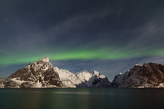 Painted Sky (Joost10000) Tags: lofoten lofotenislands aurora borealis auroraborealis island sky night nightsky nightphotography sea ocean atlantic water ice snow winter stars mountains coast canon canon5d eos outdoors adventure travel landscape landschaft norway norwegen noorwegen lapland scandinavia northernlights northern lights moonlight distagon1528ze distagon1528 ze carlzeiss zeiss visipixcollections
