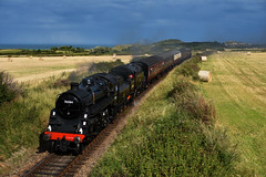 The BR Standards 76084 & 80078 pass under Dead Man's cutting 1/9/19 (Lewis43239) Tags: br standard 4mt tank 80078 76084 nnr steam gala double header dead mans cutting evening north norfolk railway