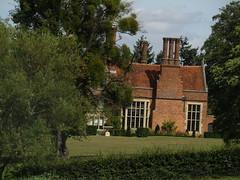 IMG_6150 (belight7) Tags: old house private stoke poges memorial garden bucks uk england stokepoges
