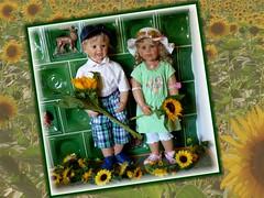 Meine Sonnenblumenkinder / My Sunflower Kids (ursula.valtiner) Tags: puppe doll luis bärbel künstlerpuppe masterpiecedoll sommer summer sonne sun sonnenblumen sunflowers