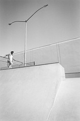 8.4.19_MCW_HP5-24 (arterial spray) Tags: 35mm 400 bw bayarea black boxspeed brisbane ca california dalliswillard dalliswillardphotography film hp5 ilford nikon sanfrancisco sf siliconvalley skateboard skateboarding skatepark skater white
