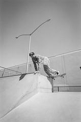 8.4.19_MCW_HP5-21 (arterial spray) Tags: 35mm 400 bw bayarea black boxspeed brisbane ca california dalliswillard dalliswillardphotography film hp5 ilford nikon sanfrancisco sf siliconvalley skateboard skateboarding skatepark skater white