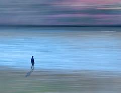 Radiant Dream (ARTUS8) Tags: verwackelt nikon24120mmf40 abstraktesgemälde landschaft diversegewässer digitallycomposed menschen nikond800 flickr personen blurred icm intentionalcameramovement see sea person