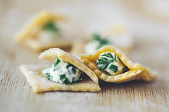 Let's make a (tiny) ravioli (Inka56) Tags: macromondays pasta ravioli ricotta macro parsley flour woodtable spinach homemade food foodphotography