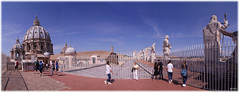 On the roofs of Rome (laluzdivinadetusojos) Tags: rome roma saint peter san pedro panorama dome cupula bramante renaicent