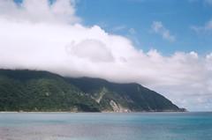 Clouds. (蒼白的路易斯) Tags: 底片攝影 底片 東澳灣 kodakcolorplus200 yashicaelectro35gsn film