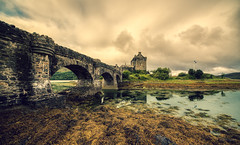Moody atmosphere at Eilean Donan. (Alex-de-Haas) Tags: adobelightroom aurorahdr d850 dornie eileandonan europa europe gb greatbritain hdr highland irix irix11mm irixblackstone kyle nikon nikond850 schotland scotland skylum uk unitedkingdom aqua beautiful castle cloud clouds cloudscape hemel hooglanden journey kasteel landelijk landscape landschaft landschap lucht outdoor outdoors reis reizen roadtrip rondreis skies sky summer travel travelling trip water wolk wolken zomer